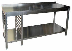 Arbeitstisch mit Grundboden, 7 Auflagewinkeln GN1/1 links und Aufkantung - 2700 mm x 700 mm x 850 mm
