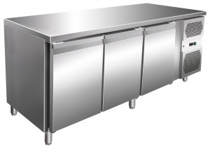 Kühltisch, 1795 x 700 x 860 mm, 3 Türen